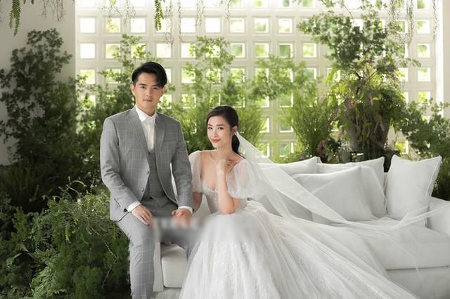 Ảnh cưới của Đông Nhi - Ông Cao Thắng - Ảnh 1.