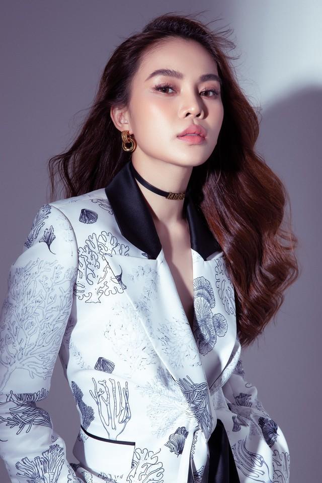 Cô dâu tháng 10 Giang Hồng Ngọc tiết lộ thông tin hiếm hoi về ông xã, phủ nhận tin đồn lấy chồng đại gia - Ảnh 3.