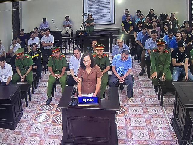 Xử gian lận thi cử ở Hà Giang: Lộ diện hàng loạt tin nhắn nhờ vả - Ảnh 3.
