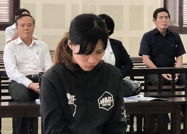 Cô gái lĩnh 7 năm tù vì trộm sổ tiết kiệm đưa cho người tình - Ảnh 1.
