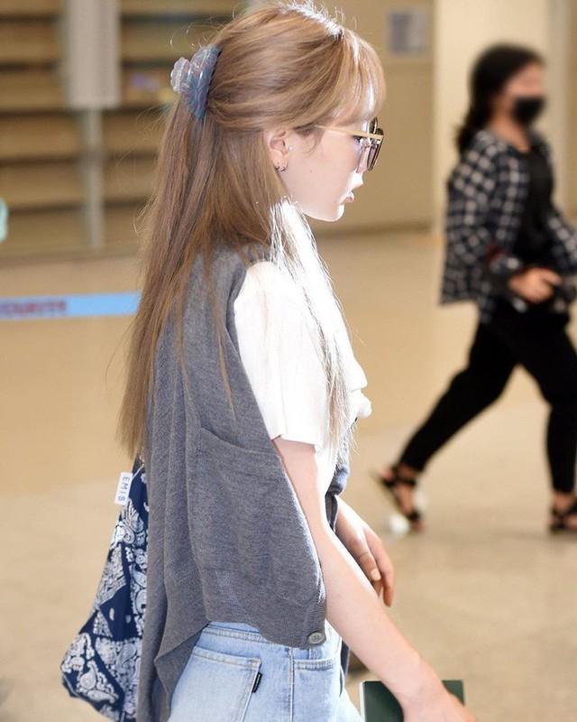 4 kiểu diện cardigan của idol Hàn, chị em chớ bỏ qua khi mùa lạnh dần đến - Ảnh 14.