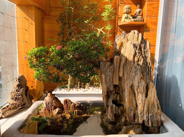 Ông xã Lê Phương tự làm bể cá xinh xắn đặt trong nhà cho hai con - Ảnh 6.