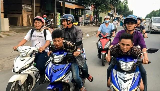 Hiệp sĩ Nguyễn Thanh Hải được tặng xe Exciter mới - Ảnh 1.