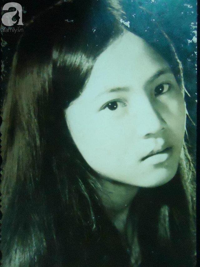 Hot girl Sài Gòn và đám cưới hoành tráng 30 năm trước: Màn cướp người yêu ngoạn mục nhờ cái quỳ gối cùng lời dọa dẫm của chàng trai quá si tình - Ảnh 1.