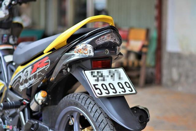 Xe máy cũ mang biển số đẹp được rao bán hàng trăm triệu đồng - Ảnh 1.