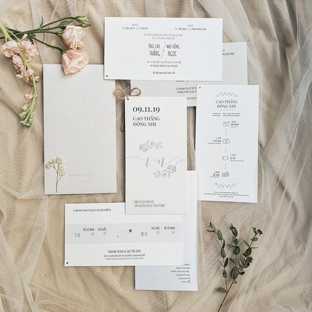 Vì sao Đông Nhi đặt vé máy bay cho 500 khách mời dự đám cưới? - Ảnh 1.