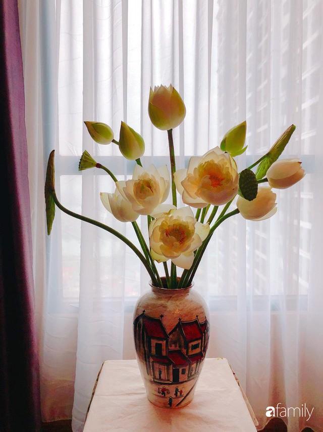 Ngày 20/10 ghé thăm không gian sống quanh năm thơm ngát hương hoa của người phụ nữ Hà Thành - Ảnh 16.