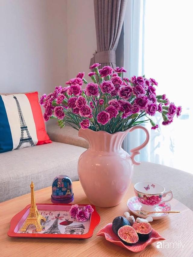 Ngày 20/10 ghé thăm không gian sống quanh năm thơm ngát hương hoa của người phụ nữ Hà Thành - Ảnh 22.