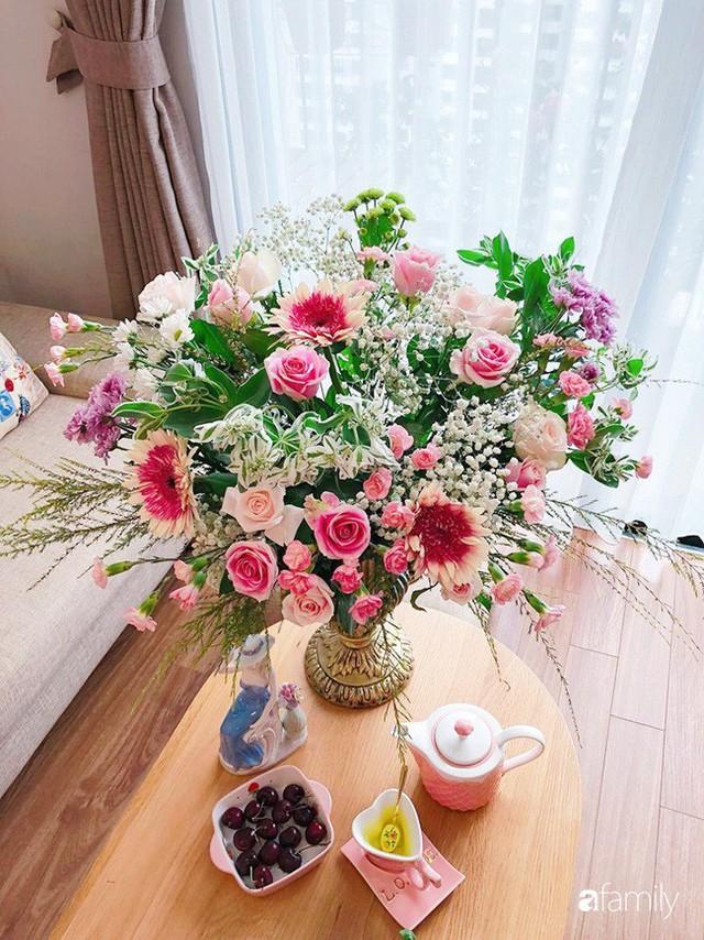 Ngày 20/10 ghé thăm không gian sống quanh năm thơm ngát hương hoa của người phụ nữ Hà Thành - Ảnh 25.