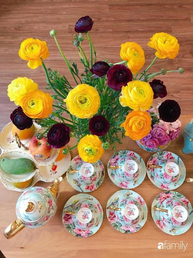 Ngày 20/10 ghé thăm không gian sống quanh năm thơm ngát hương hoa của người phụ nữ Hà Thành - Ảnh 33.