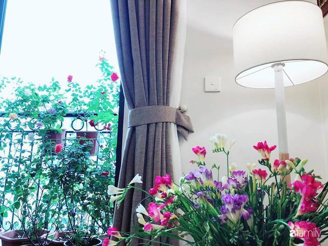 Ngày 20/10 ghé thăm không gian sống quanh năm thơm ngát hương hoa của người phụ nữ Hà Thành - Ảnh 34.