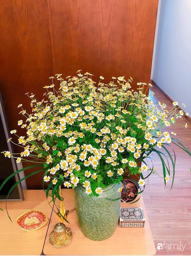 Ngày 20/10 ghé thăm không gian sống quanh năm thơm ngát hương hoa của người phụ nữ Hà Thành - Ảnh 41.