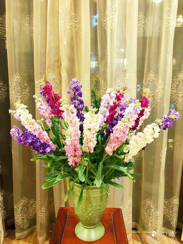 Ngày 20/10 ghé thăm không gian sống quanh năm thơm ngát hương hoa của người phụ nữ Hà Thành - Ảnh 42.
