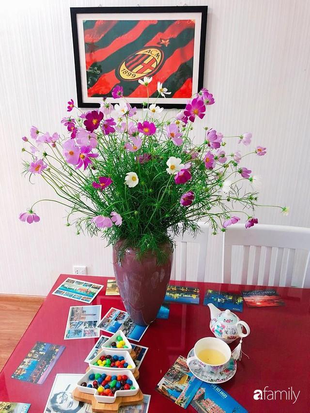 Ngày 20/10 ghé thăm không gian sống quanh năm thơm ngát hương hoa của người phụ nữ Hà Thành - Ảnh 43.