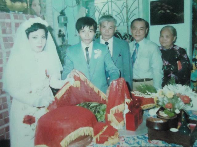 Hot girl Sài Gòn và đám cưới hoành tráng 30 năm trước: Màn cướp người yêu ngoạn mục nhờ cái quỳ gối cùng lời dọa dẫm của chàng trai quá si tình - Ảnh 6.