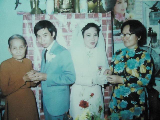 Hot girl Sài Gòn và đám cưới hoành tráng 30 năm trước: Màn cướp người yêu ngoạn mục nhờ cái quỳ gối cùng lời dọa dẫm của chàng trai quá si tình - Ảnh 7.
