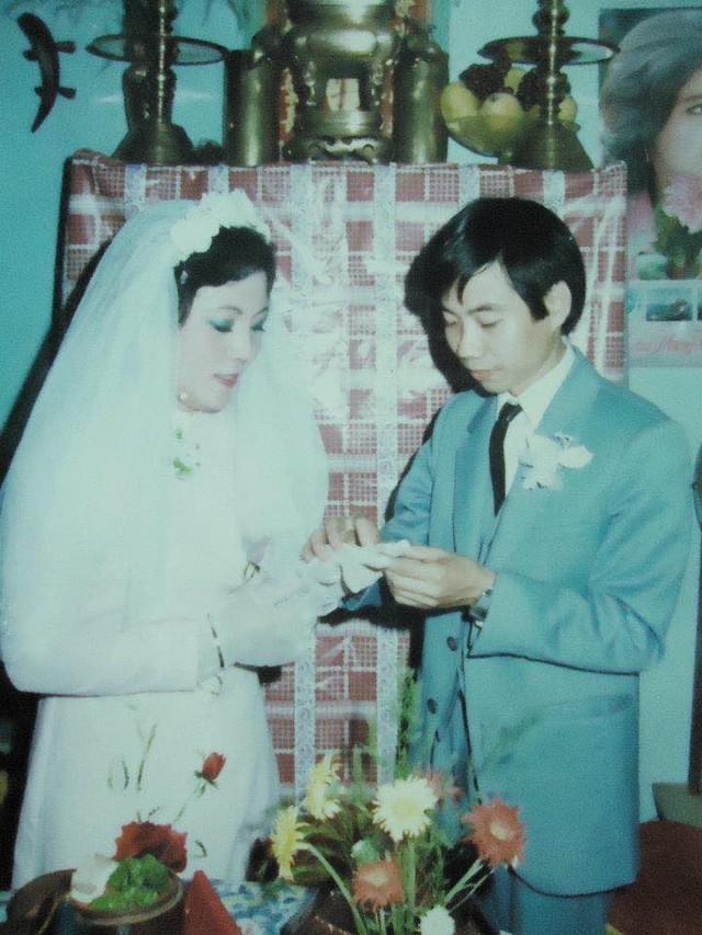 Hot girl Sài Gòn và đám cưới hoành tráng 30 năm trước: Màn cướp người yêu ngoạn mục nhờ cái quỳ gối cùng lời dọa dẫm của chàng trai quá si tình - Ảnh 8.