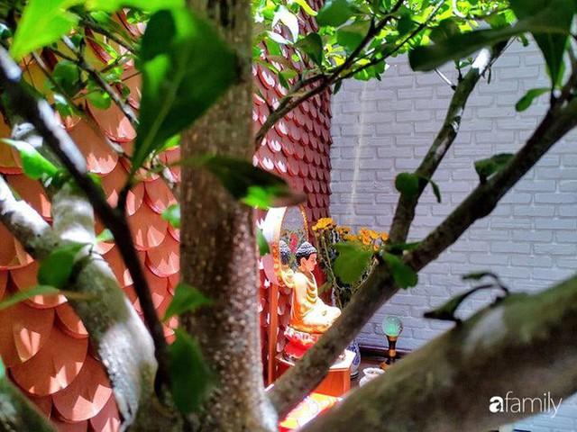 Căn nhà phố có khoảng thông tầng nhiều cây xanh và ánh sáng của chàng KTS trẻ dành tặng vợ mới cưới ở Hội An - Ảnh 14.