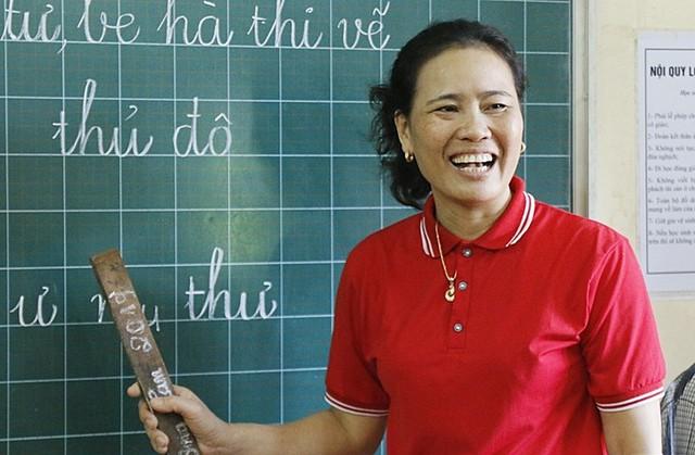 Cô giáo dành nửa cuộc đời giúp trẻ khuyết tật  - Ảnh 3.