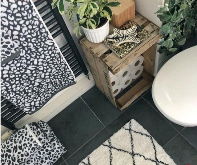 Phòng tắm đơn điệu màu trắng đẹp lung linh trong phút chốc khi decor với cây xanh - Ảnh 6.