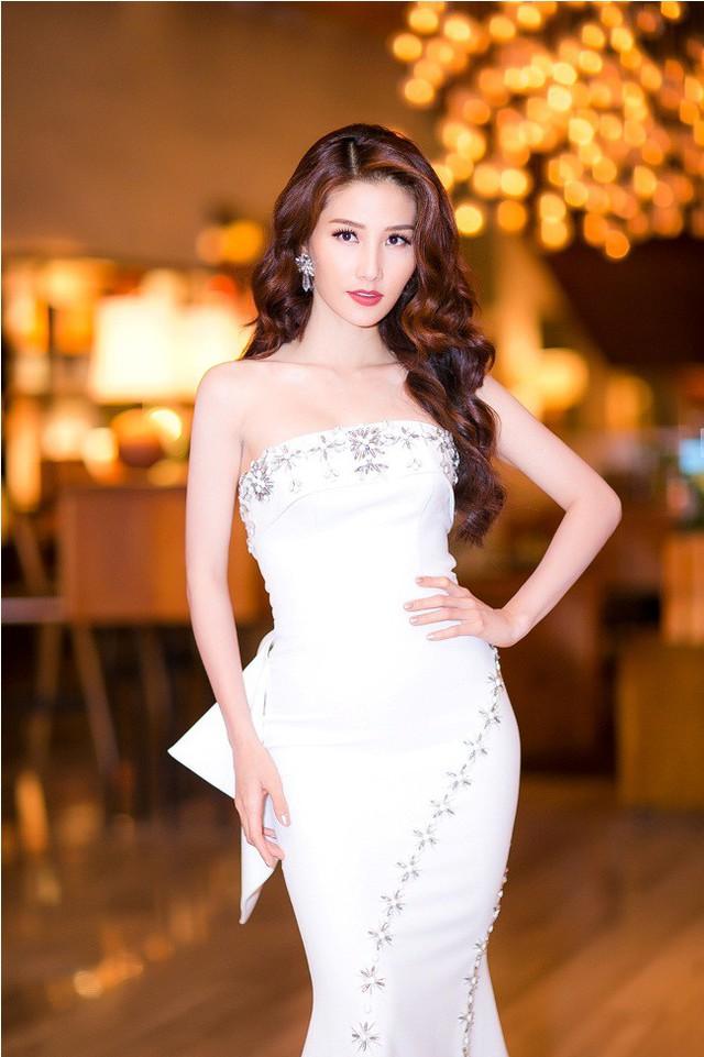 Mỹ nhân Việt cùng diện váy quây ngực: Người lên hương, kẻ thảm họa - Ảnh 9.