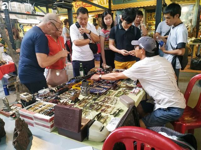 Lạc vào chợ đồ cổ Cao Minh, phiên chợ 1 tuần mở 1 lần - nơi buôn bán hoài niệm và tìm về hồi ức giữa lòng Sài Gòn - Ảnh 22.