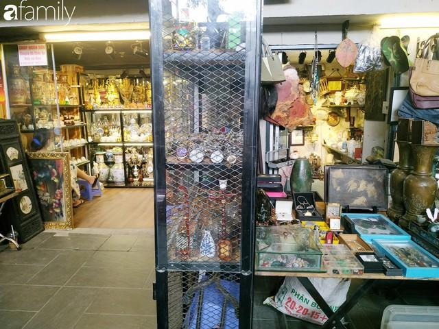 Lạc vào chợ đồ cổ Cao Minh, phiên chợ 1 tuần mở 1 lần - nơi buôn bán hoài niệm và tìm về hồi ức giữa lòng Sài Gòn - Ảnh 24.