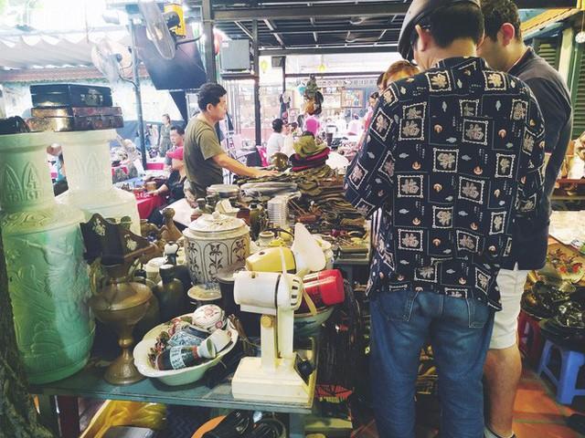 Lạc vào chợ đồ cổ Cao Minh, phiên chợ 1 tuần mở 1 lần - nơi buôn bán hoài niệm và tìm về hồi ức giữa lòng Sài Gòn - Ảnh 27.
