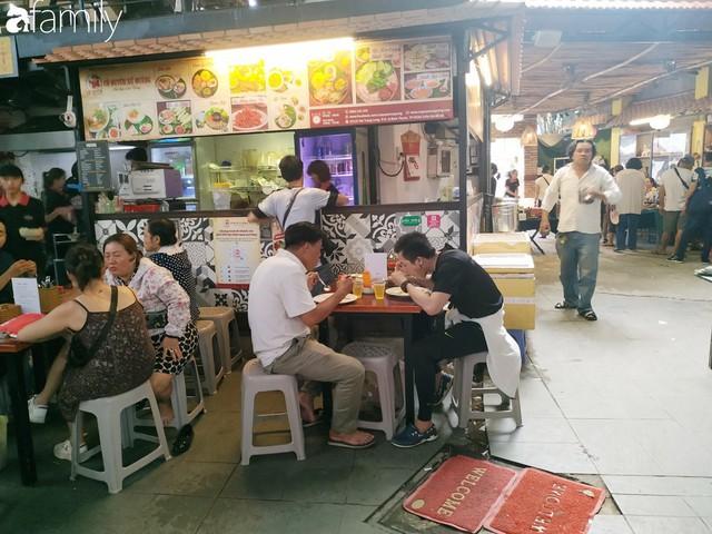Lạc vào chợ đồ cổ Cao Minh, phiên chợ 1 tuần mở 1 lần - nơi buôn bán hoài niệm và tìm về hồi ức giữa lòng Sài Gòn - Ảnh 6.