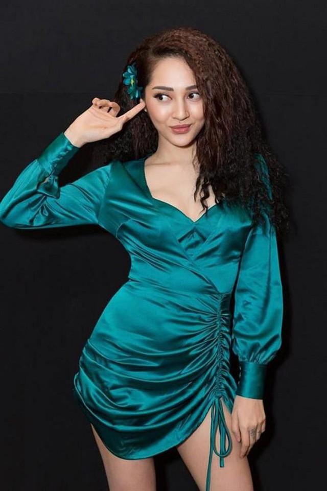 Cùng là váy lụa nhưng chỉ cần Midu khéo chọn thì sẽ hoàn hảo, tiếc là cô không biết đến 4 tips này sớm hơn - Ảnh 11.