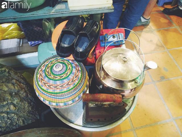 Lạc vào chợ đồ cổ Cao Minh, phiên chợ 1 tuần mở 1 lần - nơi buôn bán hoài niệm và tìm về hồi ức giữa lòng Sài Gòn - Ảnh 10.