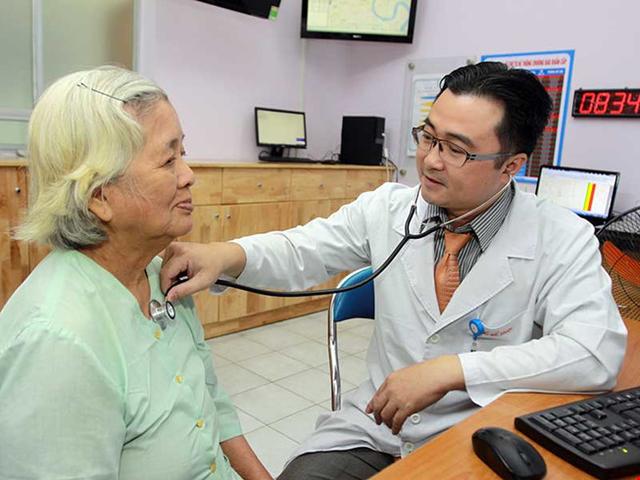 """Tạo """"lối mở"""" để khuyến khích bác sĩ giỏi thành bác sĩ gia đình - Ảnh 1."""