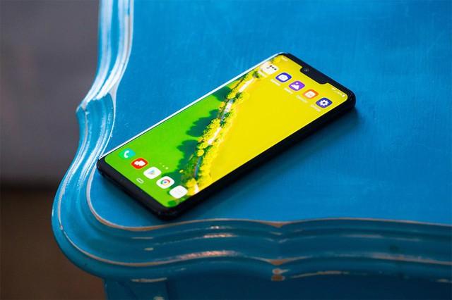 Những smartphone đỉnh không bán tại Việt Nam - Ảnh 3.
