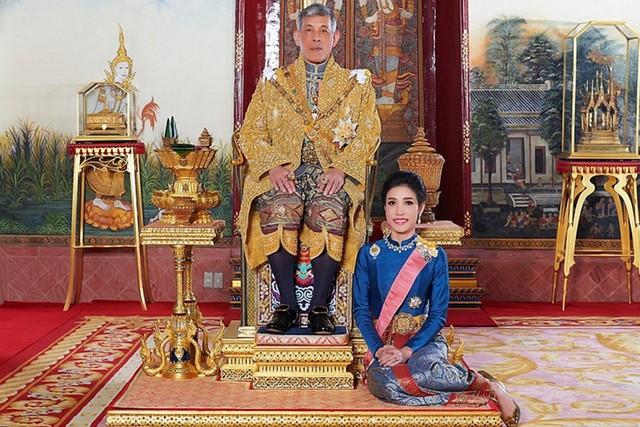 Từ Thái Lan tới Anh - cuộc sống đầy trắc trở trong các hoàng gia - Ảnh 1.