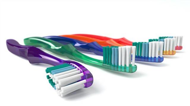 Cách sử dụng bàn chải đánh răng cực kì sai lầm nhiều người  mắc mà không hề hay biết - Ảnh 6.