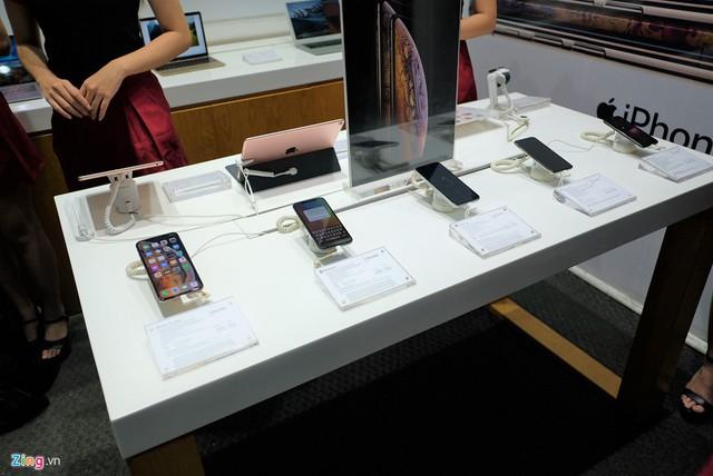 Mua iPhone xách tay tại Việt Nam chưa bao giờ rủi ro đến vậy - Ảnh 3.