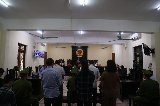 Tuyên án 5 cựu cán bộ vụ sửa điểm thi ở Hà Giang - Ảnh 3.
