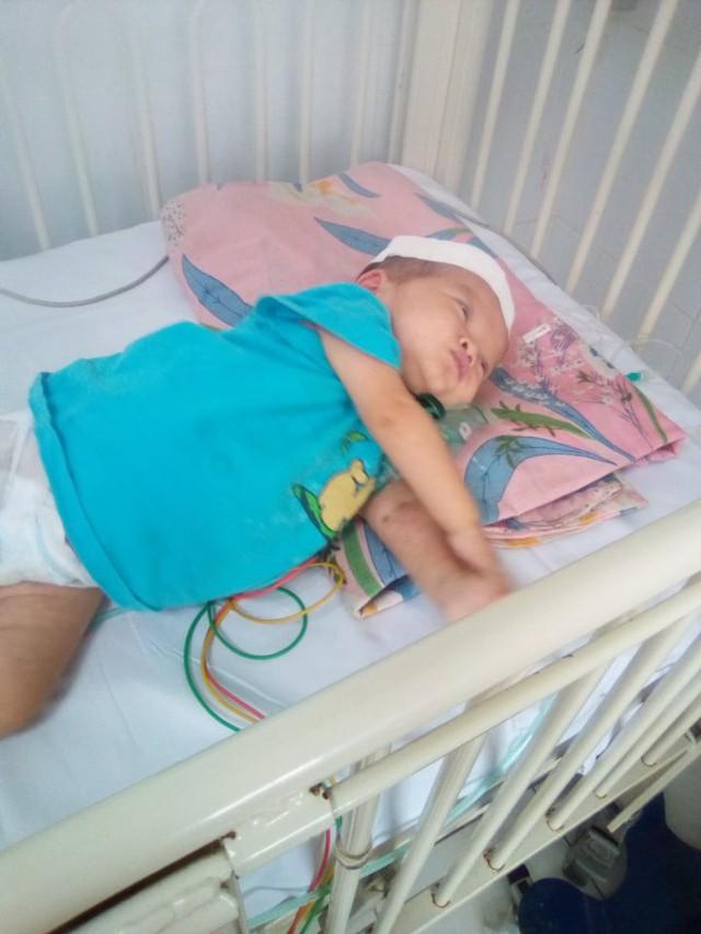Bé gái 1 tuổi mang trong mình bệnh tim bẩm sinh cần tiền điều trị - Ảnh 3.