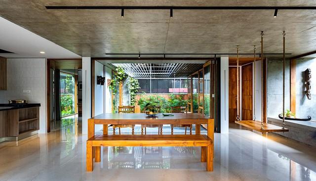 Nhà gỗ nhìn ngoài đơn giản nhưng bên trong đẹp khó rời mắt - Ảnh 4.