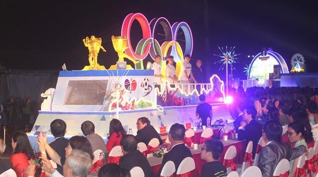 Vị khách đặc biệt xuất hiện tại Lễ hội đường phố Hải Dương - Ảnh 8.