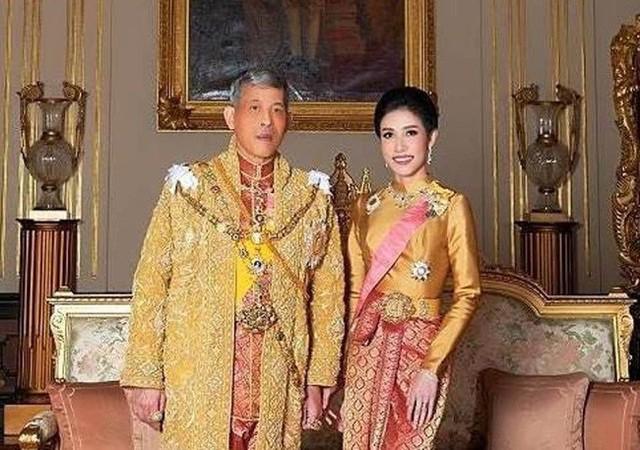 Thêm thông tin mới về số phận của Hoàng quý phi Thái Lan: Có thể bị trục xuất, phải sống lưu vong như những người vợ trước - Ảnh 1.
