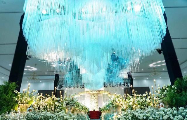 Lâm Khánh Chi hé lộ chi tiết về đám cưới tập thể cho 10 cặp đôi LGBT: Chi phí hơn 2 tỷ, không gian vô cùng hoành tráng! - Ảnh 2.