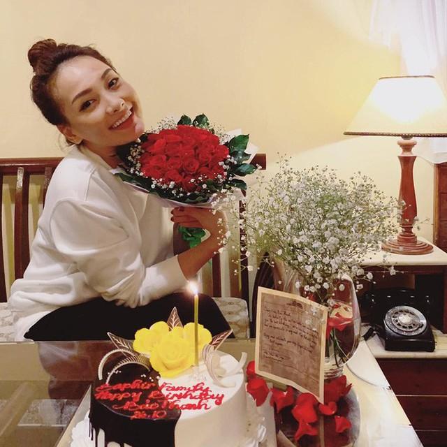 Đón sinh nhật tuổi 29, Bảo Thanh của Về Nhà Đi Con nhận được lời chúc đầy xúc động từ em út Bảo Hân - Ảnh 3.