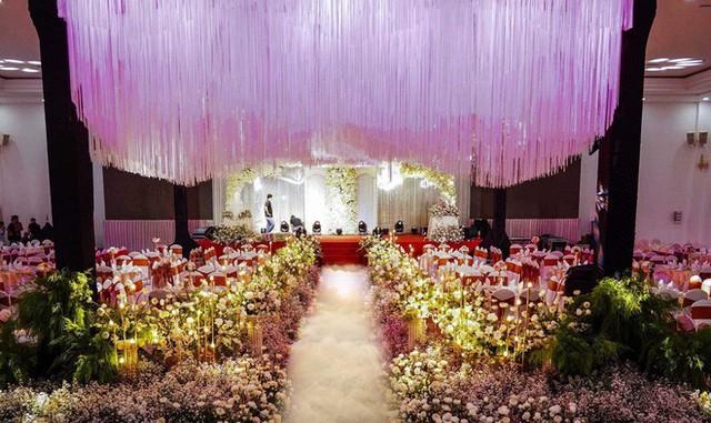 Lâm Khánh Chi hé lộ chi tiết về đám cưới tập thể cho 10 cặp đôi LGBT: Chi phí hơn 2 tỷ, không gian vô cùng hoành tráng! - Ảnh 4.
