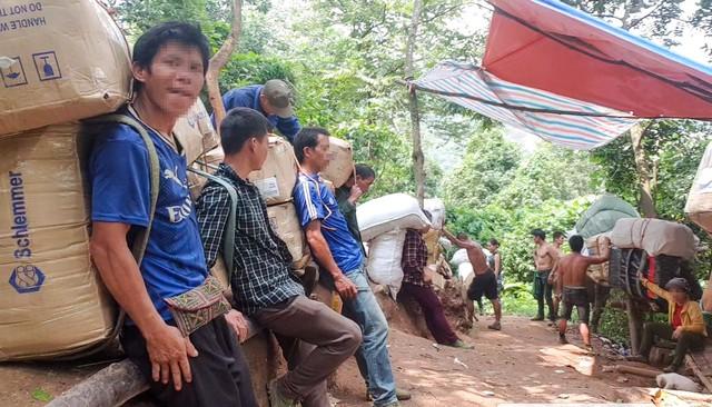 """Xâm nhập đường dây """"đánh"""" hàng lậu miền biên viễn Lạng Sơn - Ảnh 4."""