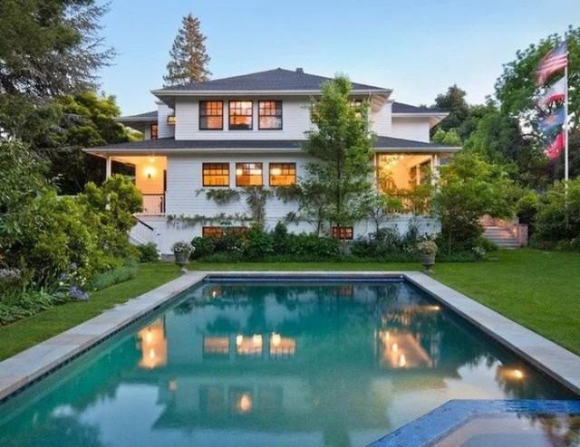 Nằm trong top giàu nhất thế giới nhưng nhiều người sốc nặng khi biết căn nhà mà ông chủ facebook đang ở được mua theo kiểu vay thế chấp  - Ảnh 2.