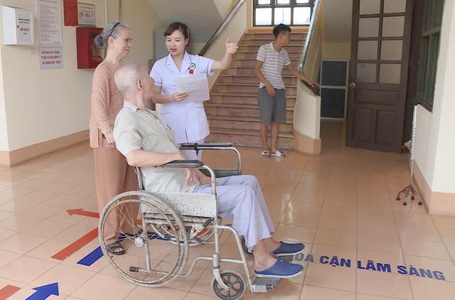 Quảng Ninh: Đẩy mạnh công tác điều dưỡng góp phần nâng cao chất lượng khám, chữa bệnh - Ảnh 2.