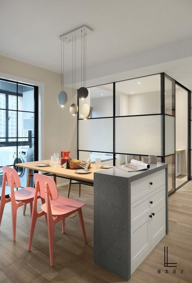 Những cách bài trí bàn ăn với đồ nội thất vô cùng nổi bật cho không gian bếp của nhà chung cư  - Ảnh 4.