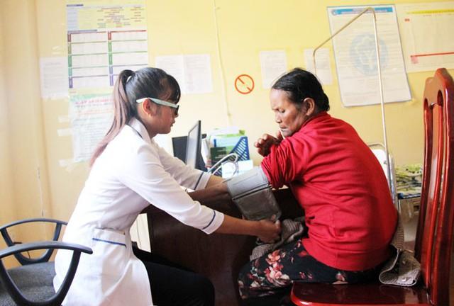 Tổng cục trưởng Tổng cục Dân số kiểm tra, giám sát Chương trình mục tiêu Y tế - Dân số tại Lâm Đồng - Ảnh 3.