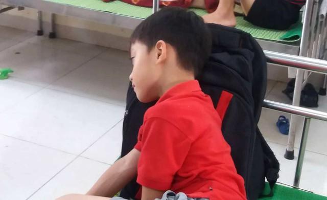 Diễn biến bất ngờ vụ nhiều học sinh tiểu học ở Hải Dương nhập viện chưa rõ nguyên nhân - Ảnh 3.
